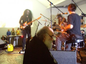 Acid Mothers Temple performing at KYTN 03