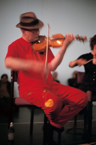 Tony Conrad and Angharad Davies playing violins